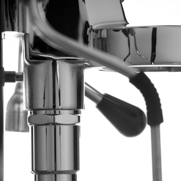 Caffe_Tiramisu_apparatuur_0004_vibiemme-domobar-super-hx-switch-(2)